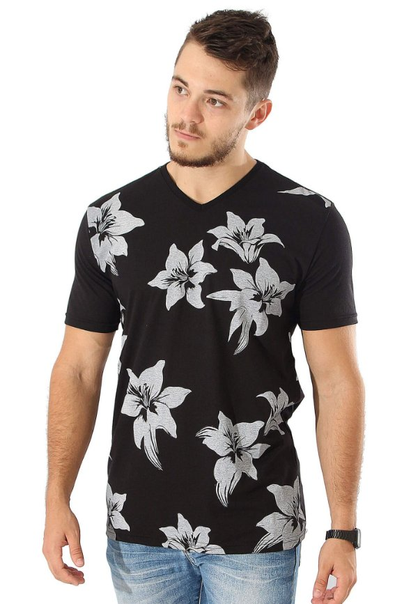 Camiseta Black Flowers