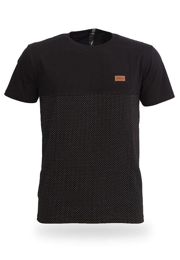 Camiseta Black Dots