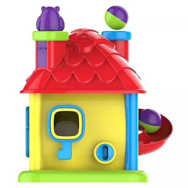 Casinha Emite Sons e Luzes Magic Toys