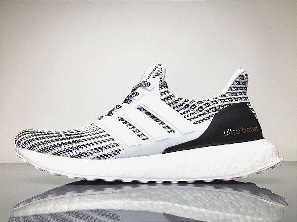 969a5419b6 Tênis Adidas Ultraboost 4.0 Masculino - Cinza e Branco - Os Melhores ...