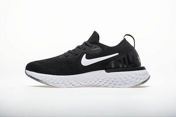 2aad8cc2159 Tênis Nike Epic React Flyknit - Feminino - Preto e Branco - Os ...