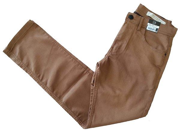 Calça de Sarja Ogochi Básica Bolso Redondo Slim Fit Marrom