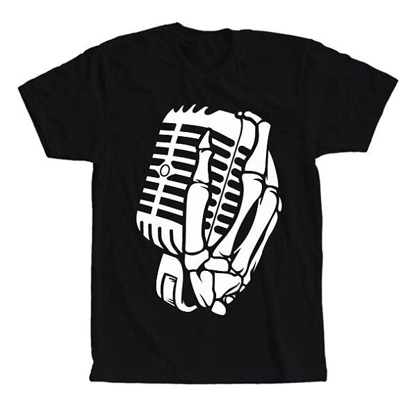 Camiseta The Music Skull, Caveira com a Mão no Microfone