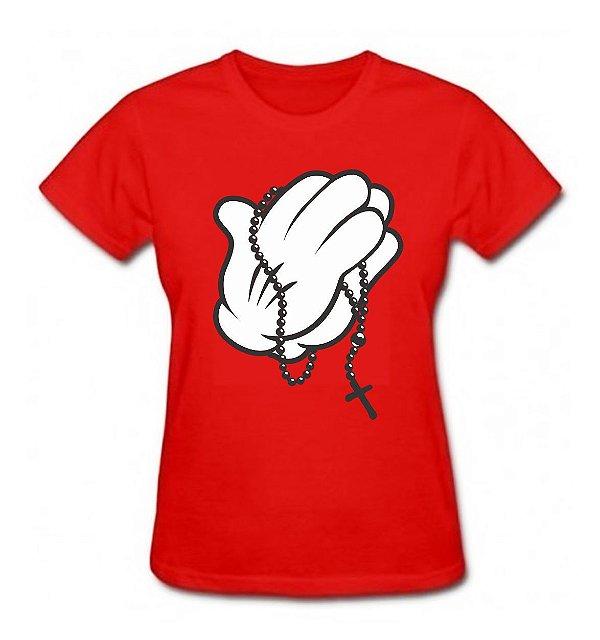 Camiseta Baby Look Mickey Mão Rezando Com Terço