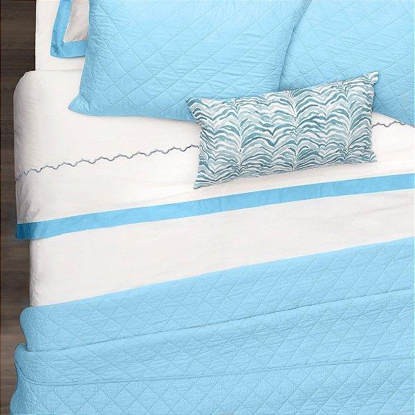 Kit: 1 Cobre-leito  QUEEN + 2 Porta-travesseiros - 150 fios em 100% algodāo premium - Coleçāo Classique, Azul Frances - AtHome