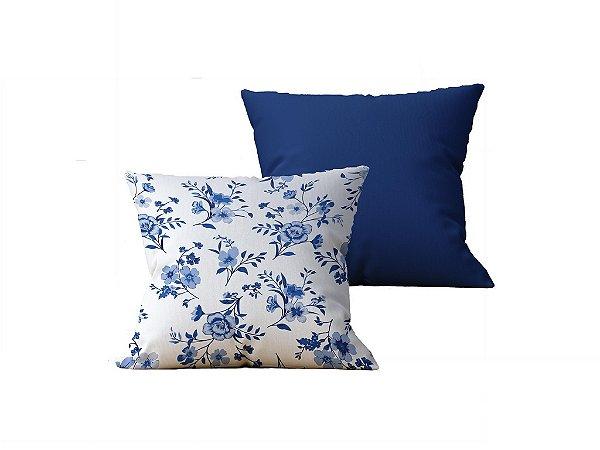 Kit com 2 Capas de Almofadas Decorativas Estampa Flores, Branco e Azul - 45x45cm