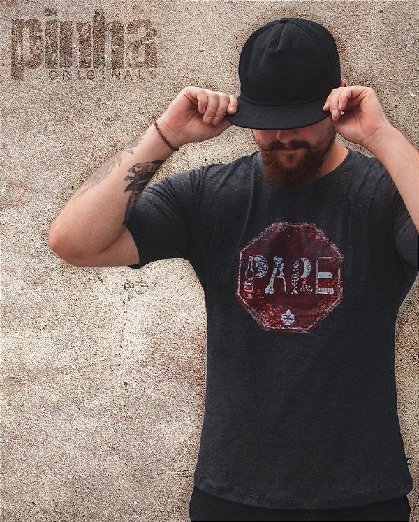 Camiseta PARE- Pinha Originals