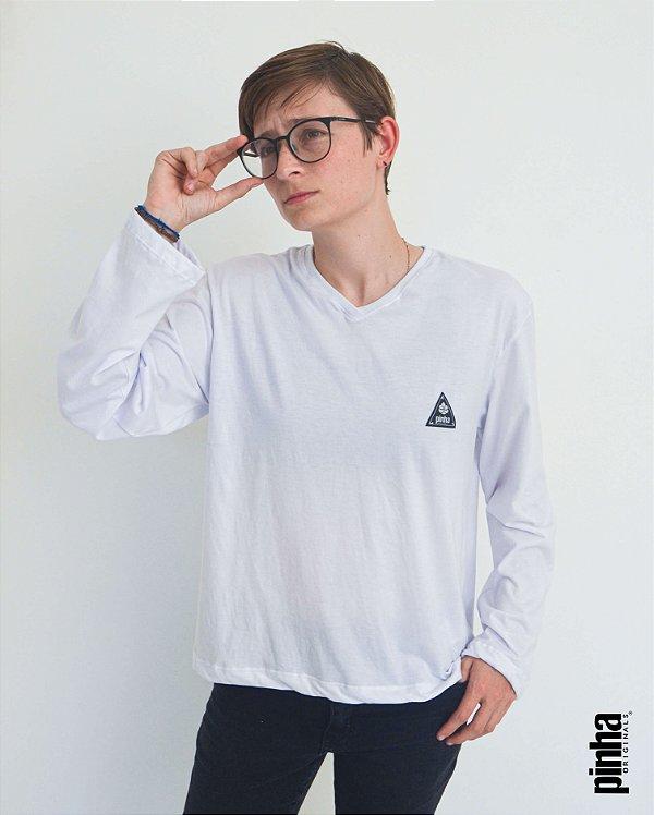 Camiseta básica Unissex manga longa Gola V Branca - Pinha Originals