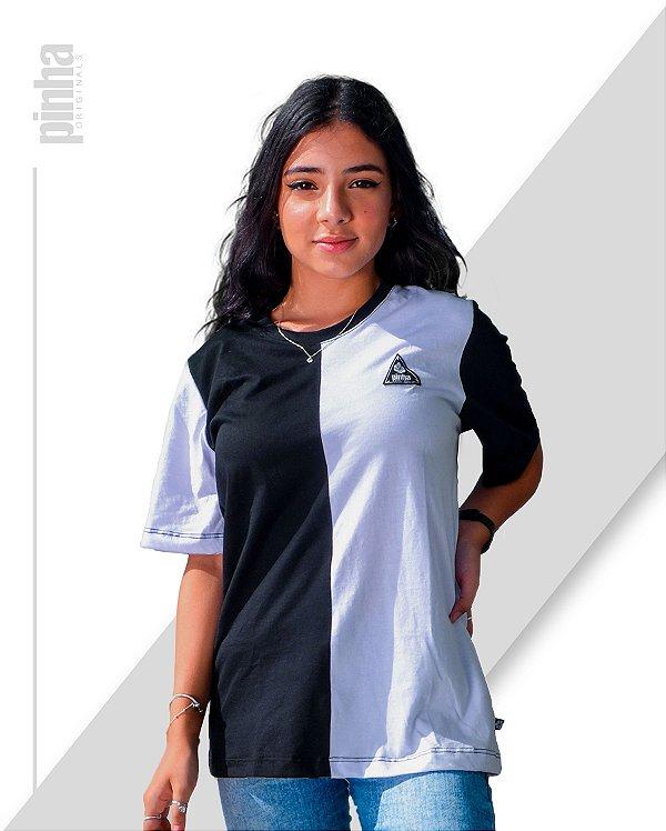 Camiseta Half-Side- Sustentável Preto e Branco - Pinha Originals