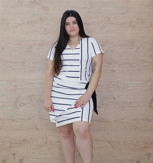 Vestido Plus size com Amarração