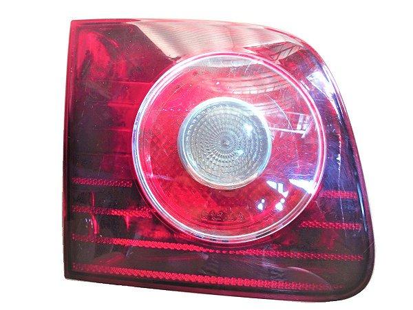 Lanterna Tampa Traseira Esquerda - Polo Sedan