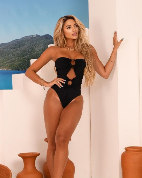 Maiô  Ariana Argola Amadeira-Black
