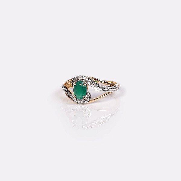 Anel de Formatura com Pedra Verde e Brilhantes - Ouro 18K