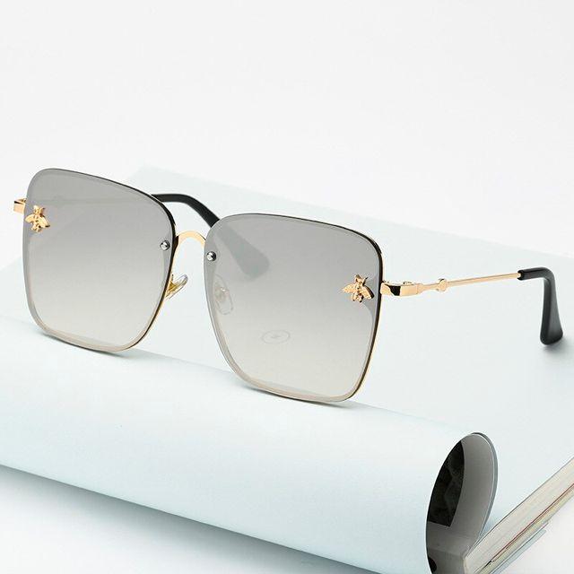 Óculos de sol espelhado, quadrado. Unissex. Coleção Bee – by Carol Schutz