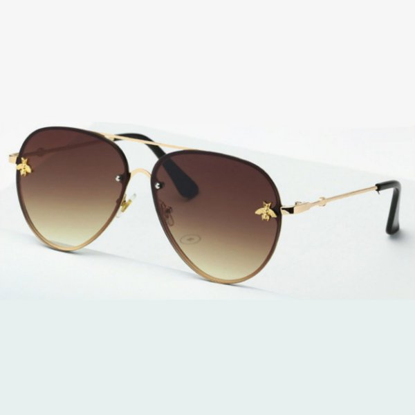 Óculos de sol degradê marrom , estilo aviador. Unissex. Coleção Bee – by Carol Schutz