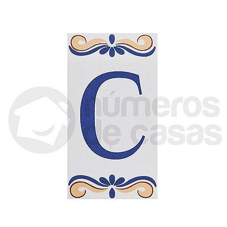 """Letra """"C"""" de Cerâmica"""