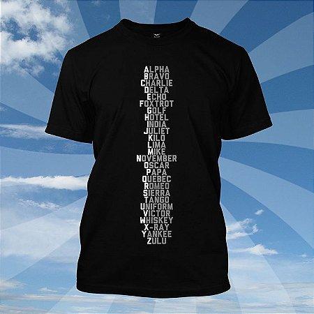 Camiseta Alfabeto Fonético Preta