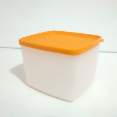 Tupperware Jeitoso 900ml com Tampa Papaya Freezer