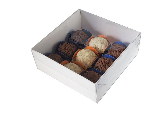 Embalagens Brancas para 9 doces  ( 13 x  13 x 5 ) - 20 Und