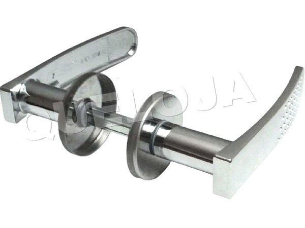 Maçaneta Para Fechadura Porta Madeira Ferro Aço Metálica Casa Stam Mod. 21 Com Acabamentos em Rosetas Inox
