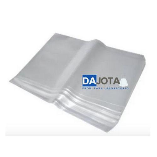 Saco plástico para embalagem, de polietileno (PE), medindo 50x70 cm, com espessura mínima de 12 micras(em cada parede)transparente.Pacote de 5 kilos.