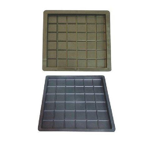 Kit com 10 unidades Forma Xadres 40x40x2,5 cm (36 Quadros) - FP119