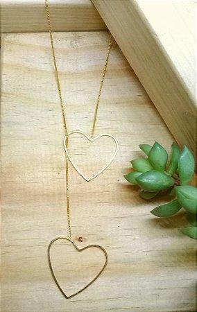 Colar Coração Longo Entrelaçado Dourado