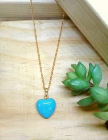 Colar Coração Pedra Natural Turquesa Dourado