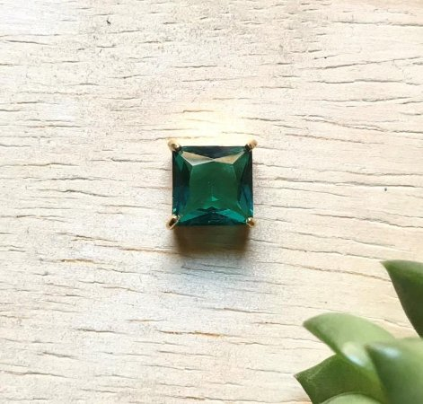 Pingente Quadrado Verde Paraíba Dourado