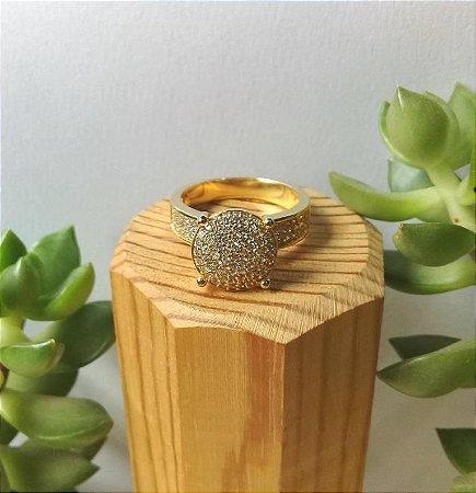 Anel Solitário Grande c/ Zircônias Dourado