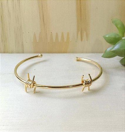 Bracelete Dois Nó Farpado Dourado