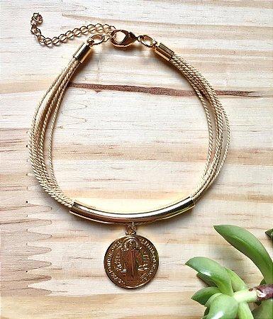 Pulseira Fio de Buriti Medalha de São Bento Dourado