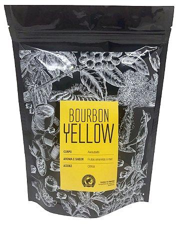 BOURBON YELLOW - Corpo aveludado, aroma e sabor de frutas amarelas e mel e acidez cítica. Embalagem com 10 cápsulas compatíveis às máquinas Nespresso.