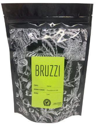 BRUZZI - Corpo intenso, aroma e sabor de chocolate ao leite e acidez leve. Embalagem com 50 cápsulas compatíveis às máquinas Nespresso.