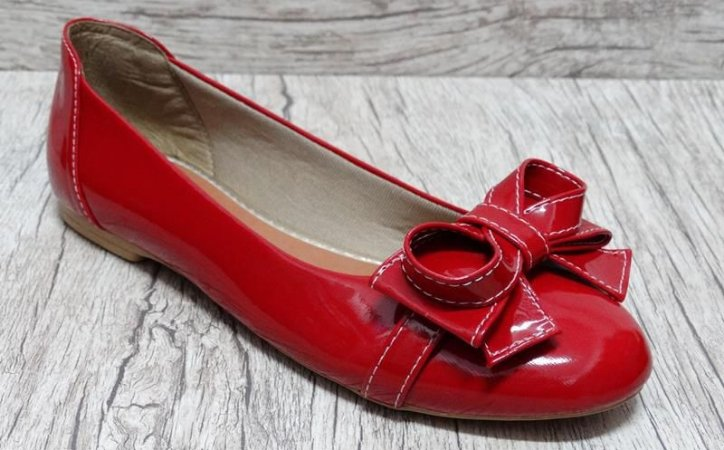 Sapatilha em verniz Vermelha - Ref 016