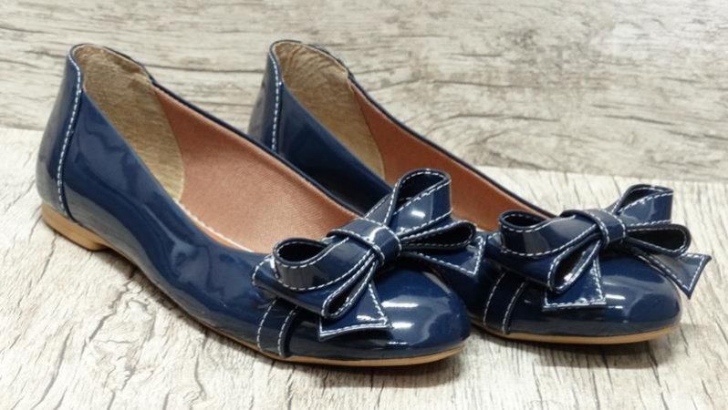 Sapatilha em verniz Azul Marinho - Ref 016