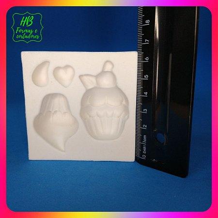 Molde silicone Confeitaria - Cupcakes Decorados Doces