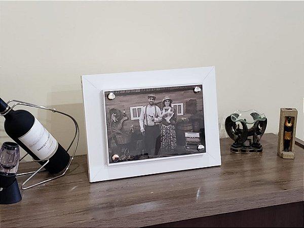 Porta Retrato com Compartimento Secreto e Sistema de Abertura Eletrônico Branco
