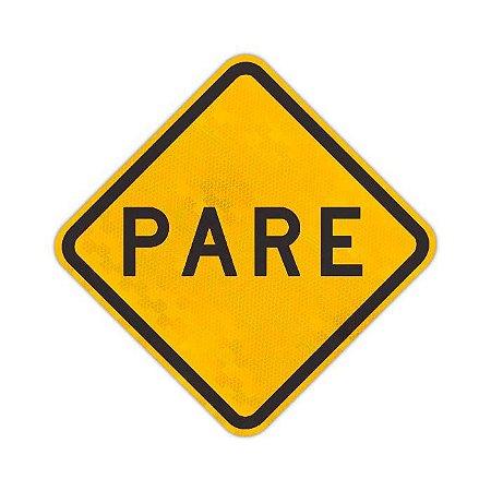 Placa Parada obrigatória à frente A-15