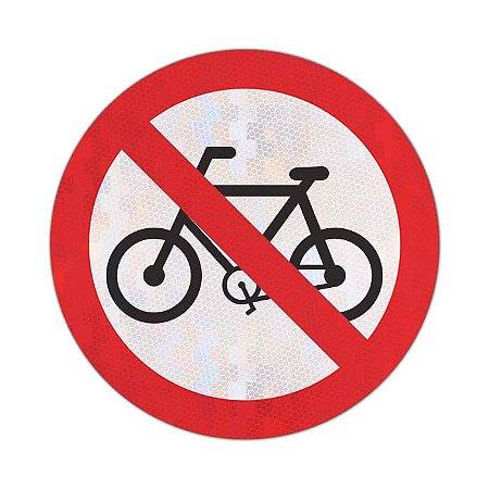 Placa Proibido trânsito de bicicletas R-12