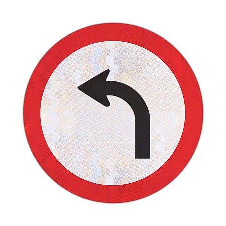 Placa vire à esquerda R-25a