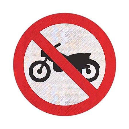 Placa Proibido trânsito de motocicletas, motonetas e ciclomotores R-37