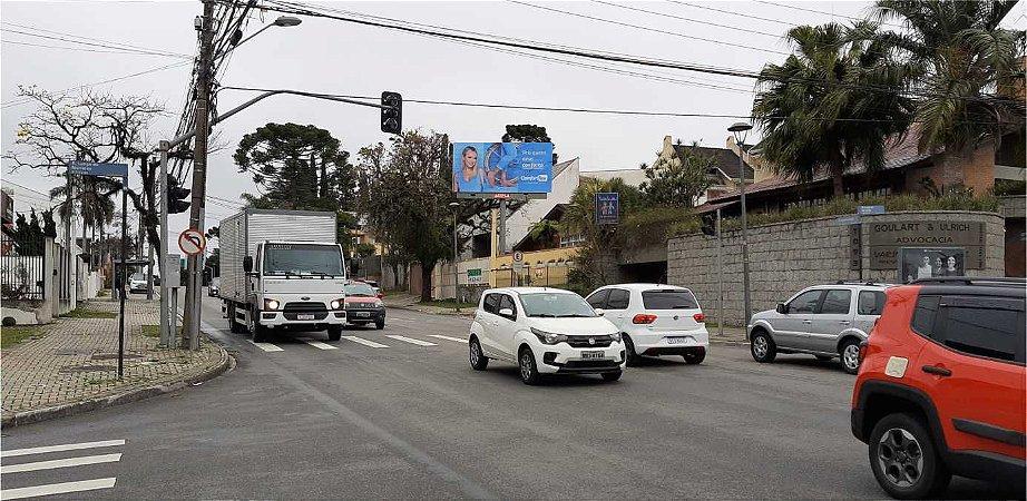 1047 - R. Fagundes Varela, 1035 – Sentido Centro