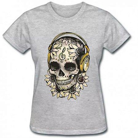 Camiseta baby look feminina caveira fone
