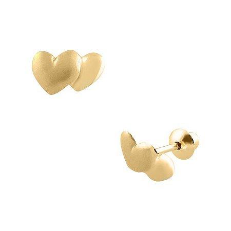 Brinco de Ouro 18K Coração Duplo Fosqueado Pequeno