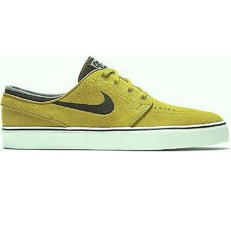 822463b486 Tênis Nike SB Zoom Stefan Janoski Mostarda - Pégasos Skate Shop - 30 ...