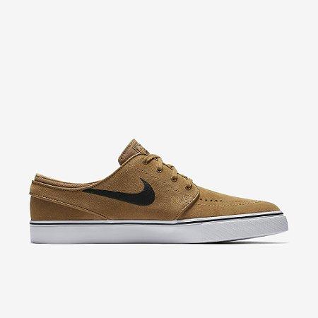 cf3299077c Tênis Nike Stefan Janoski Golden Beige - Pégasos Skate Shop - 30 ...