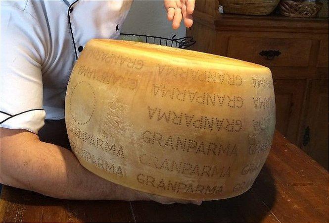 Queijo Grana Padano Granparma Panela de Queijo 15 kg Curado 1 Ano Selo SIF