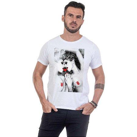 Camiseta Masculina Estampada Girls Use Thuco