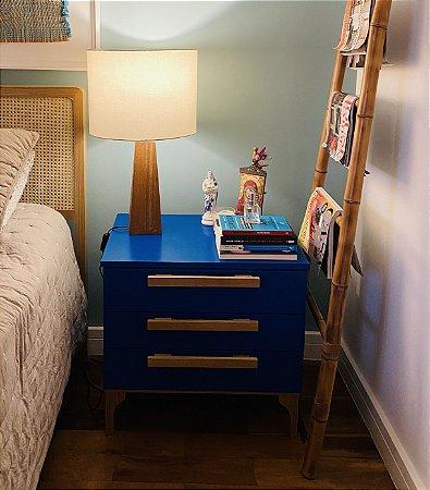 Mesa de Cabeceira 3 gav puxadores de madeira